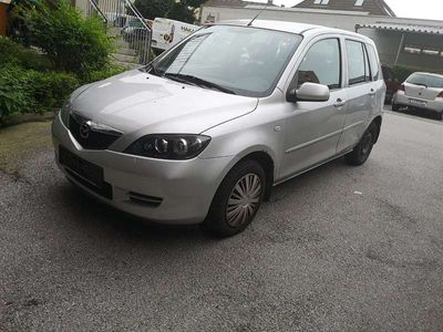 gebraucht Mazda 2 2. 1,25i/TE Kombi / Family Van,