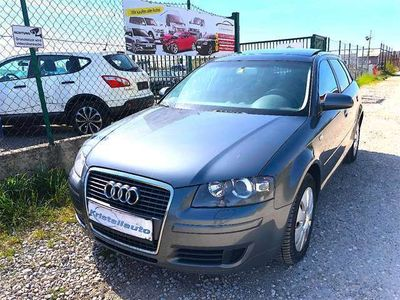 gebraucht Audi A3 Sportback Attraction 1,9 TDI PANORAMA!