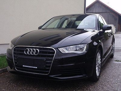 gebraucht Audi A3 Attraction 1,6 TDI ultra Navi-MF/Lenkr-Bluetooth-PDC-Alu-