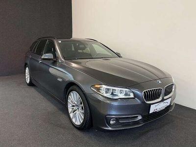 gebraucht BMW 520 5er-Reihe d xDrive Touring Luxury-Line, Leder, Rückfahrkamera,.. Kombi / Family Van