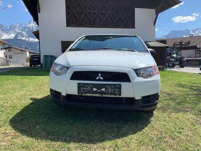 gebraucht Mitsubishi Colt 3dr 1,1 Inform AC Clear Tec Klein-/ Kompaktwagen