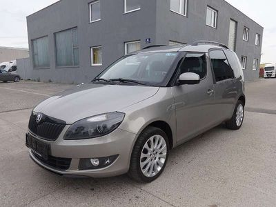 gebraucht Skoda Roomster Ambition 1,6 TDI*Tempomat*PDC*Sitzheizung* Kombi / Family Van