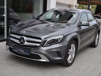 gebraucht Mercedes GLA220 d 4MATIC URBAN+STHZG+DISTANZ