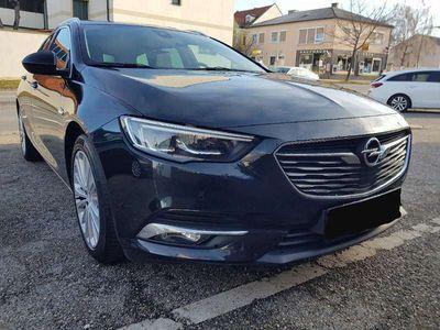 gebraucht Opel Insignia Innovation 1.5l 165 PS Start/Stopp Kombi / Family Van