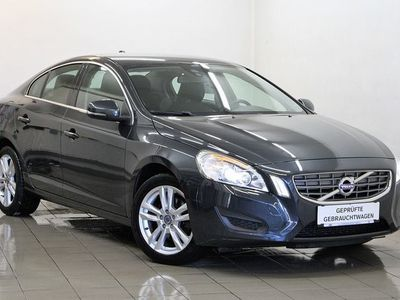 used Volvo S60 D2 Drive Momentum