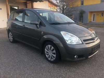 gebraucht Toyota Verso Corolla. 7 Sitze, Pickel, Klima, Parktronik... Kombi / Family Van