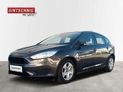 gebraucht Ford Focus 1,5 TDCi Trend Limousine