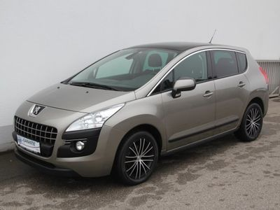 used Peugeot 3008 1,6 HDi 115 FAP Professional Line Limousine,