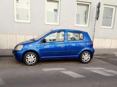 gebraucht Toyota Yaris 1.0 VVT-I Klein-/ Kompaktwagen,