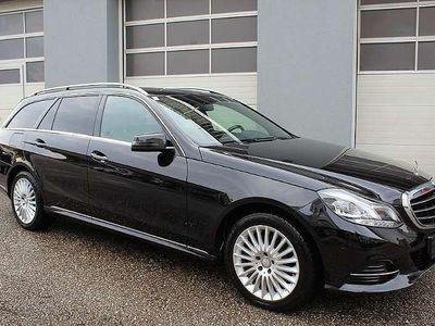 gebraucht Mercedes E300 E-KlasseBlueTEC Hybrid Avantgarde Aut. *VOLL* Kombi / Family Van