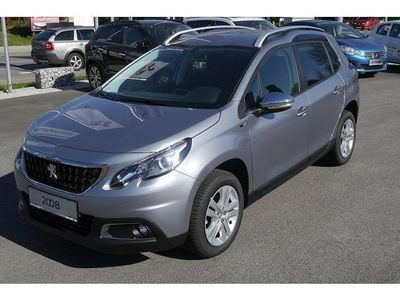 gebraucht Peugeot 2008 Style 1,6 BlueHDi 100 S&S Style