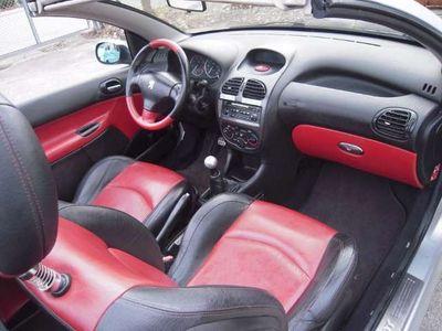 gebraucht Peugeot 206 CC Black & Silver Edition 1,6 16V Voll Fahrbereit Pickerl Abgelaufen Cabrio / Roadster