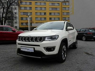 gebraucht Jeep Compass 2,0 MultiJet AWD 9AT 140 Limited Aut.