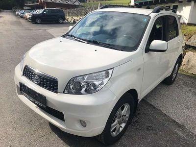 gebraucht Daihatsu Terios 1,5 Top 4WD SUV / Geländewagen