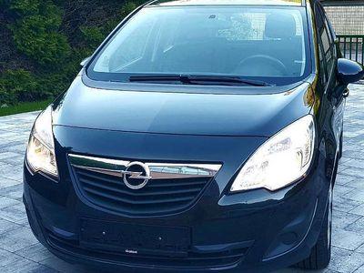 gebraucht Opel Meriva 1,7 CDTI Pickerl bis 10.2021 Kombi / Family Van