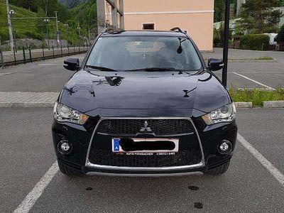 gebraucht Mitsubishi Outlander 2,2 DI-D LP Intense+ SUV / Geländewagen