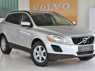 gebraucht Volvo XC60 D3 AWD Momentum SUV / Geländewagen,