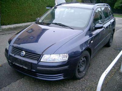 gebraucht Fiat Stilo Multiwagon 1,9 JTD 80 Actual Kombi / Family Van