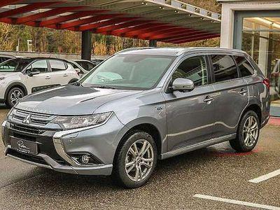 gebraucht Mitsubishi Outlander 2,0 PHEV Instyle SUV / Geländewagen