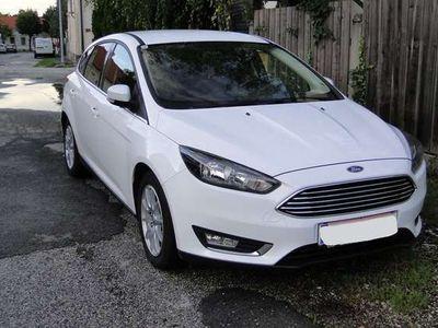 gebraucht Ford Focus 1,5 TDCi Titanium PowerShift Limousine