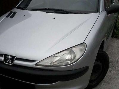 gebraucht Peugeot 206 XT HDI 2.0 keine Klima Klein-/ Kompaktwagen