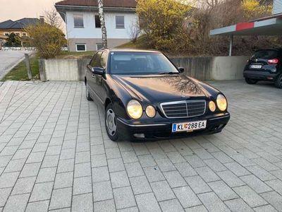gebraucht Mercedes E200 Elegance CDI Aut.