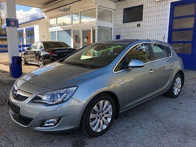 gebraucht Opel Astra 0 Ecotec CDTI Cosmo Aut. Klein-/ Kompaktwagen,
