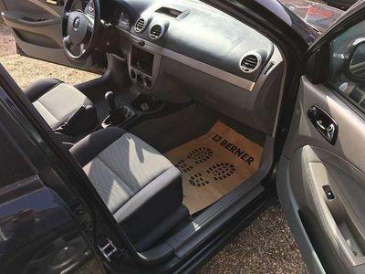 gebraucht Chevrolet Nubira Auto ist im guten zustand Kombi / Family Van