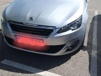 gebraucht Peugeot 3008 1.6 TDI Kombi / Family Van
