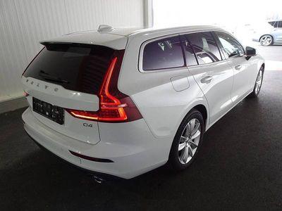 gebraucht Volvo V60 D4 Momentum Momentum