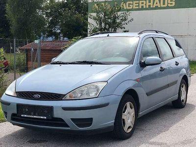 gebraucht Ford Focus Traveller Ambiente+ 1,4 Kombi / Family Van