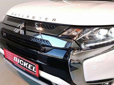 gebraucht Mitsubishi Outlander P-HEV 2,4 4WD Diamond SUV / Geländewagen