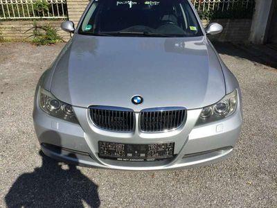 gebraucht BMW 325 3er-Reihe Kombi Diesel (E91) Touring