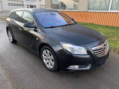 gebraucht Opel Insignia ST 2,0 Cosmo CDTI DPF Allrad Aut. Kombi / Family Van