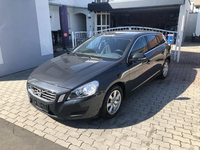 used Volvo V60 D3 Momentum Geartronic Aut.