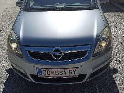 gebraucht Opel Zafira Cosmo 1,9 CDTI Aut. Kombi / Family Van