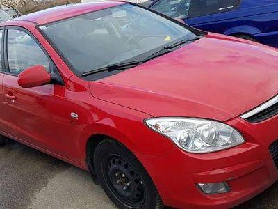 gebraucht Hyundai i30 1.6CRDI Klein-/ Kompaktwagen