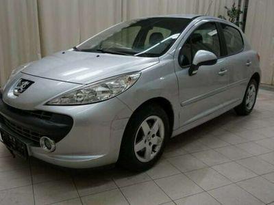 gebraucht Peugeot 207 Active 1,4 16V*Lackschäden-51.990km*