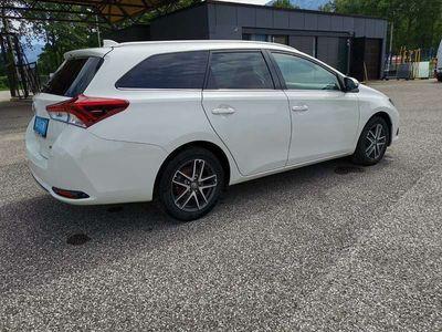 gebraucht Toyota Auris 1.6 D-4D, Navi, Kamera, Garantie bis 10/2021 Kombi / Family Van