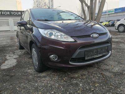 gebraucht Ford Fiesta 1.6 Diesel Titanium Erstbesitz Klein-/ Kompaktwagen,
