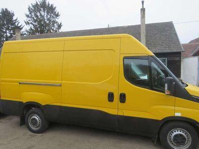 gebraucht Iveco Daily Kastenwagen mit Klima, 8-Gang Automatik u. AHK