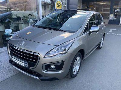 gebraucht Peugeot 3008 1,6 e-HDi 115 FAP ASG6 Allure Limousine