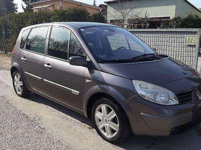 brugt Renault Scénic Expression Luxus 1,5 dCi Kombi / Family Van,