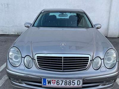 gebraucht Mercedes E220 Avantgarde CDI Aut.