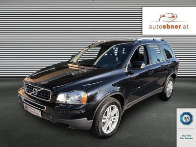 gebraucht Volvo XC90 D5 AWD Momentum Geartronic SUV / Geländewagen,