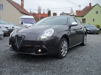 gebraucht Alfa Romeo Giulietta 2,0 JTD Multijet II Distinctive Limousine