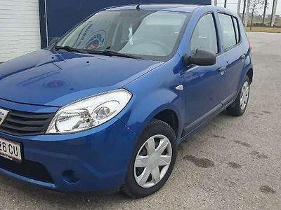 gebraucht Dacia Sandero Lauréate 1,2 16V >Pickerl neu< Limousine