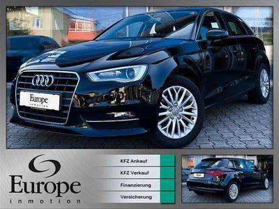 gebraucht Audi A3 Sportback 1,6 TDI Intense / Xenon