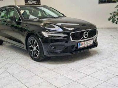 gebraucht Volvo V60 B3 (P) Geartronic Momentum Pro