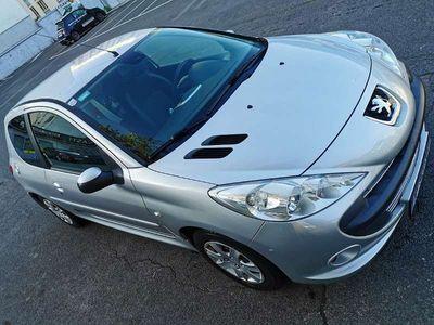 gebraucht Peugeot 206 1.1 Trendy Klein-/ Kompaktwagen